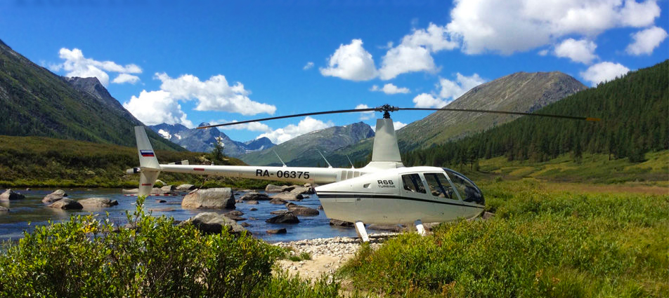 Flight in the Altai on a Robinson R66 helicopter