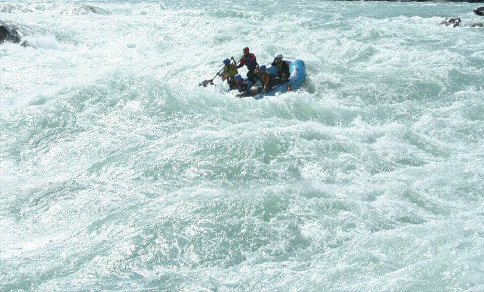 Rafting the Middle course Katun river